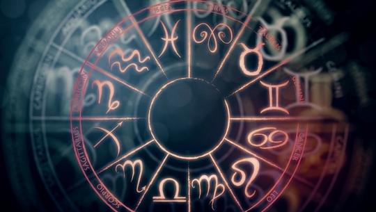 Horoskop wróżbity Macieja na weekend 8-10 września