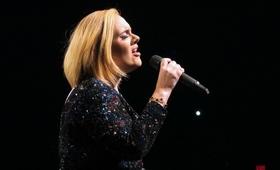 Adele odwołuje koncerty. Co dalej z jej karierą?