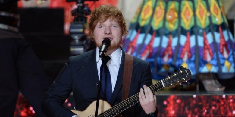 Ed Sheeran w świątecznym utworze Fairytale Of New York