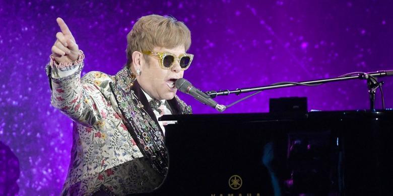 Elton John zdradził, którego utworu nie lubi śpiewać na koncertach